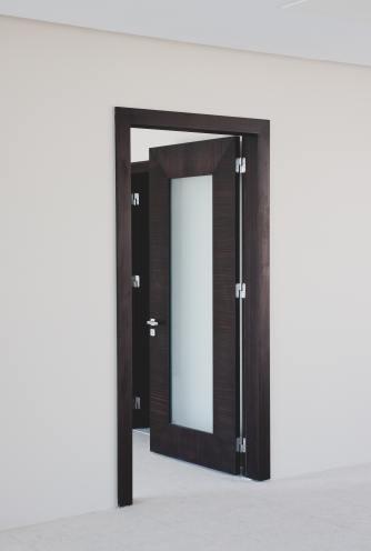 Bold Door1