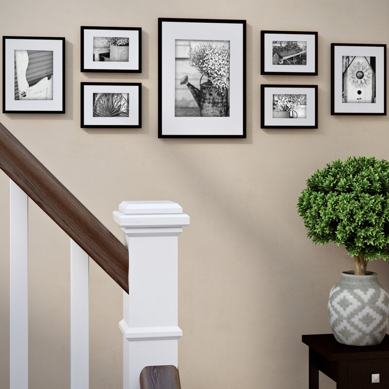 Photos On Stairs 02